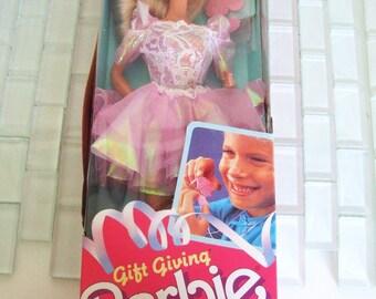 Barbie Doll Gift Giving 1988 NIB NRFB