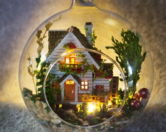 Tree house Glass Ball with Lights* forest house miniature * DIY Handcraft Miniature Project Kit * dolls house * Light home decor