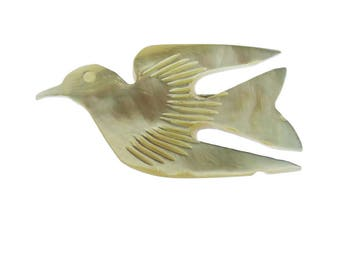 Mother of Pearl Bird Brooch, Mother of Pearl Dove Brooch, Carved Mother of Pearl Brooch, White Bird Brooch, White Bird Pin