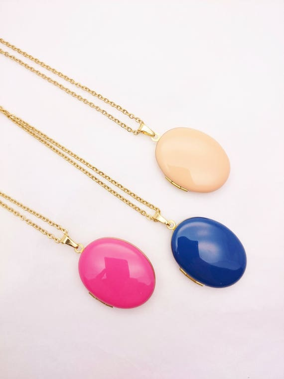 Oval Photo Locket Enamel Necklace//Long gold surgical steel chain Locket necklace//Hypoallergenic color photo locket pink blue peach