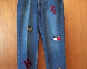 Vintage Women's Tommy Hilfiger Patch Embroidered Jeans 12 90s Mom