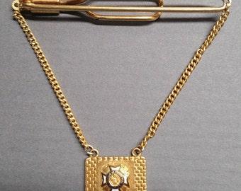 Vintage Veterans of Foreign Wars Emblem Gold Tie Bar / Clasp