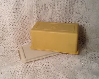 Vintage Golden Yellow Tupperware Butter Saver Dish - Cheese & Cracker Storage Keeper - 1970's Retro Kitchen, Harvest Gold