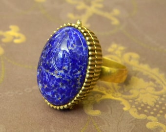 "Beautiful Vintage Blue Lapis Egyptian Style Scarab Locket Ring. ""Poison Ring"" Gold Tone Hinged Ring. Adjustable Band Costume Assassin's Ring"