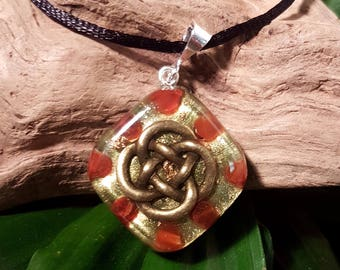Carnelian Orgone Pendant - Celtic Knot - Sacral Chakra - Lightworker Jewelry - Orgone Chi Prana Energy Balancing - Small