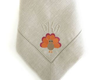 Monogrammed Napkins / Cloth Napkins / Dinner Napkins / Linen Napkins / Table Linens / Thanksgiving Table Deco/ Hostess Gift