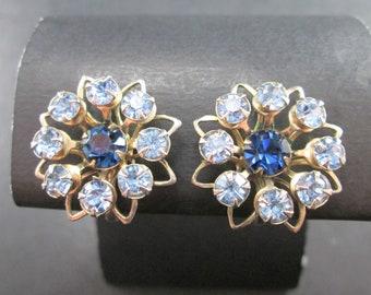 Vintage Blue Rhinestone Silver Tn 8 Point Star Cluster Earrings Screw Back 50s