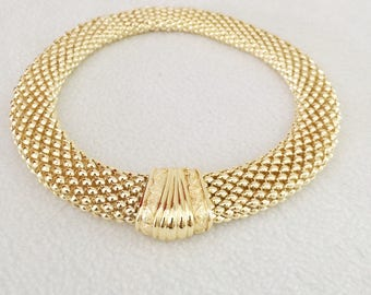 Beautiful Vintage Gold Tone Costume Jewelry Round Thick Mesh Necklace Choker