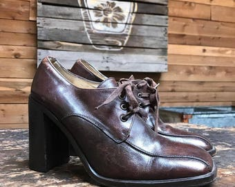 Vintage 1960s Mod Platform Shoes Vtg 60s Dark Brown Leather Chunky Heels with Square Toe Made in Spain Women's Size 7