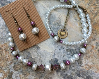 Jewelry set wedding jewelry pearl necklace  bracelet earrings white bohemian pearl necklace wedding day necklace gift for mother of bride