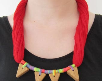 Necklace yarn and wood, wood triangles on multicolor yarns, ethnical style