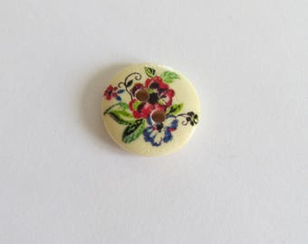 Red and blue flower pattern wooden button