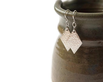 Hammered Silver Geometric Earrings, Hammered Earrings, Pewter Earrings, Diamond Shaped Earrings, Long Pewter Earrings, Sterling Earrings