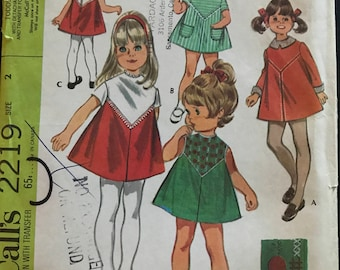 McCalls 2219 - 1960s Little Girl's Dress with Contrast Bodice Panel and Detachable Collar - Size 2 Chest 21