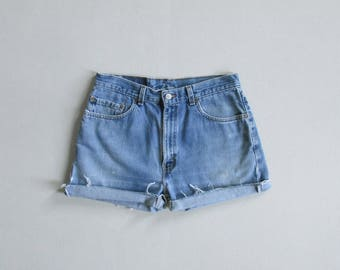 vintage levis cut off painters shorts / high waisted jean shorts / levis 505 shorts with raw hem / 32 waist