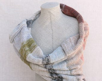 Wedding capelet / Warm winter snood scarf / Boho blanket scarf for fall / Versatile wrap shawl with hood - Snow 4