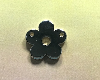 Silver plated Flower charm