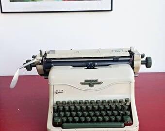 SALE Vintage Siemag Solid typewriter, Antique Typemachine, Desk Typewriter, Manual Typewriter Mid Century Typewriter West German 1950 Model