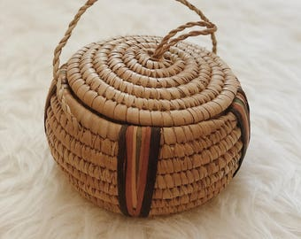 Small Hausa basket with lid and handle | small woven straw basket | coiled grass basket | African coiled basket | African coiled sweet grass