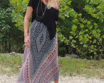 Geometric Print Maxi Skirt
