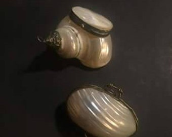 Two Trinket/Pill containers made from Shells