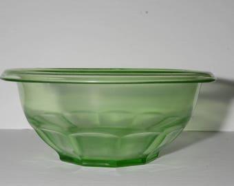 Hazel Atlas, Green, Depression Glass, Green Glass, Rest-well, Large Mixing Bowl 9.5, Vintage