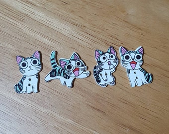 Cute Kawaii Wooden Cat Buttons - Mixed Pack of 4