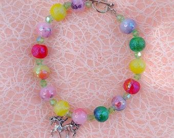 Unicorn charm bracelet, rainbow bead bracelet, unicorn jewelry, colorful bracelet, pride, pride jewelry, kawaii jewelry, cute jewelry
