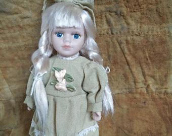 Doll, Vintage Doll, Vintage Porcelain Doll, Victorian style doll, Collectable doll, porcelain doll, antique style doll, long blonde hair