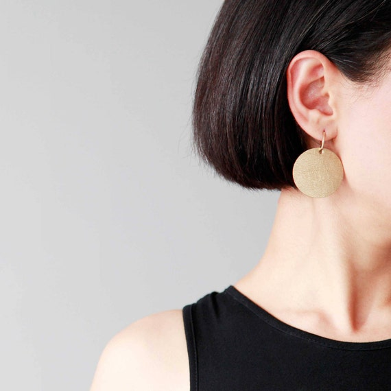 Gold leather disc earrings- disc drop earrings- Minimal geometric gold leather earrings- circle drop earrings- minimalist statement earrings