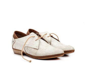 Cream Leather Lacing Shoes / Unisex Leather Shoes / Mens Leather Tie Shoes / Women Leather Shoes / Flat Casual Shoes / White Shoes - Adrian