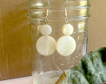 White Shells, Circle Shell Dangle Earrings, Off-white Round Disks, Natural Shell Beads, Dangles, Neutral, Boho, Two Circles, Flat, Beach