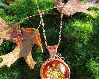 Fall Colors Necklace, Pressed Flower Jewelry, Pressed Flower Necklace, Resin Pendant, Copper Pendant, Wire Wrapped Pendant, Fall Colors