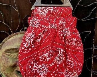 SALE, Vintage 1970's Red Bandana Quilted Bag, Red Bandana Quilted Sac Bag, Hand Made Bandana Purse, Top Handle Bandana Purse