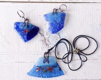Abstract Jewelry, Blue jewelry set, Primitive jewelry, Fused Glass Jewelry, Blue Glass Jewelry, Glass jewelry set, Glass pendant, earrigings