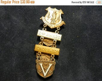 Inventory Sale Vintage WW2 Treasury Department Award