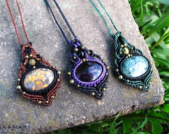 Labradorite / amethyst macrame necklace, tribal fairy pixie gypsy boho pendant , makrame pendant, psytrance gypsy jewelry, macrame pendant
