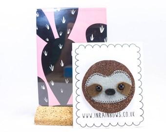 Sloth brooch, glitter sloth, animal brooch, sloth lovers, sloth accessory