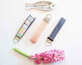 Wristlet Keychain **FREE SHIPPING**  Key Fob Wristlet- Gift for Her- Key Fob- Fabric Keychain- Girly Keychain- Teacher Appreciation Gift