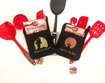 "Customizable ""Food Fro the Soul"" Potholders, Kitchen Ware, Bake Ware"