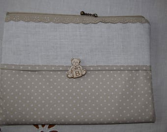 Customize pouch beige with a zipper