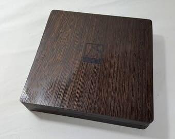 Zucati Dice Base™: Player Core- Wenge - Black Leather