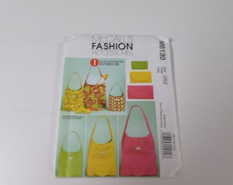 McCalls sewing pattern #M6130 to make shopping bags in 3 sizes new and uncut