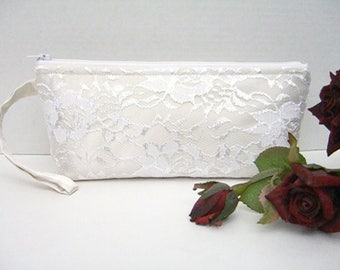 Ivory And White Wristlet - Ivory And White Clutch - Ivory Wedding Clutch - Ivory Bridal Clutch - Ivory Bridesmaid Clutch - White Lace Clutch