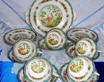 Immaculate Royal Albert Chelsea Bird Tea Set