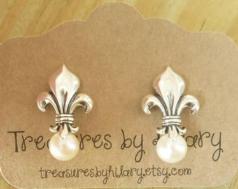 6.5mm Round White Freshwater Pearl Fleur-de-Lis Sterling Silver Earrings