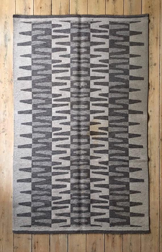 Vintage Swedish grey cream reversible rolakan wool rug 204 x 129 cm