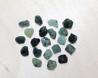 15% off - Raw emerald, rough emerald gemstone lot // B*3108