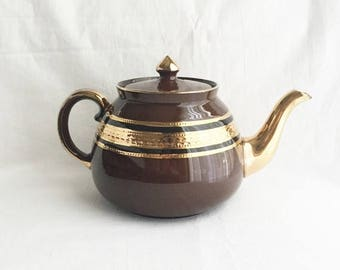 ON SALE Gibsons teapot/English teapot/Vintage teapot/Brown and gold teapot/Vintage Gibsons teapot/full size gold trimmed teapot