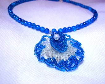 Necklace blue and white flower beads